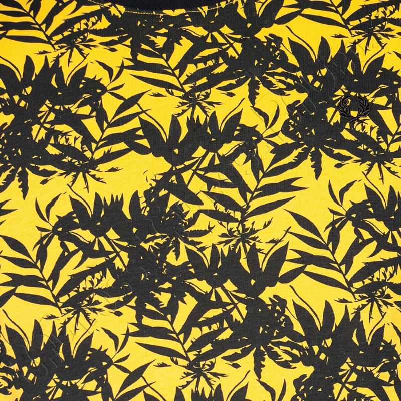 Футболка жёлтого цвета La Vita 1
